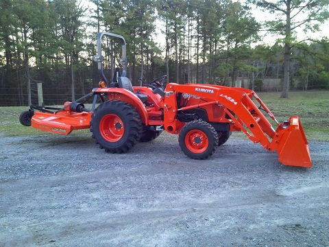 2012 Kubota L3200 4X4 LA524 Loader & Bush Hog