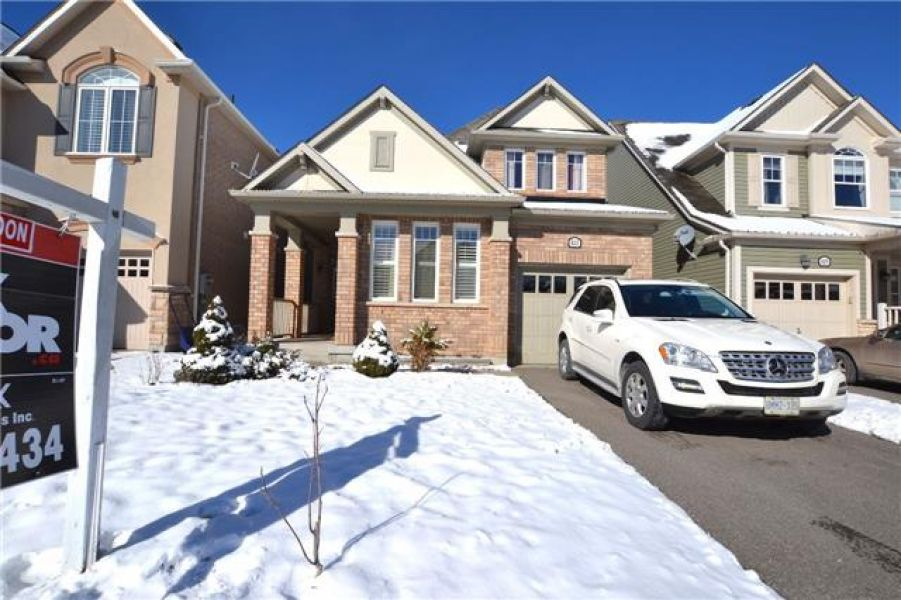 3 Bedroom Detached Home for Sale in Coates, Milton