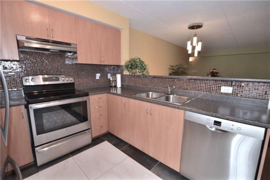 2 Bedroom Condo/Apartment for Sale In Dempsey, Milton