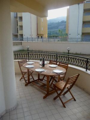 Attractive vacation rental apartment in Pizzo, Calabria, Southern Italy