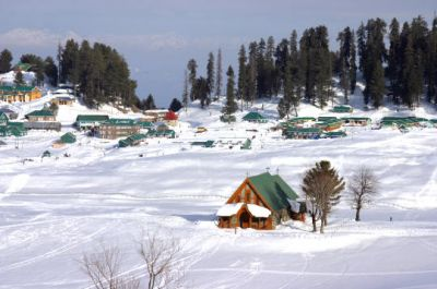 Travel package for Jammu Kashmir houseboat Tour Packages India- 22500 INR