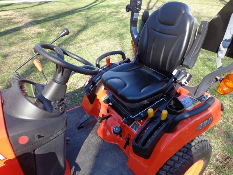 2013 Kubota BX2370 4X4 with loader