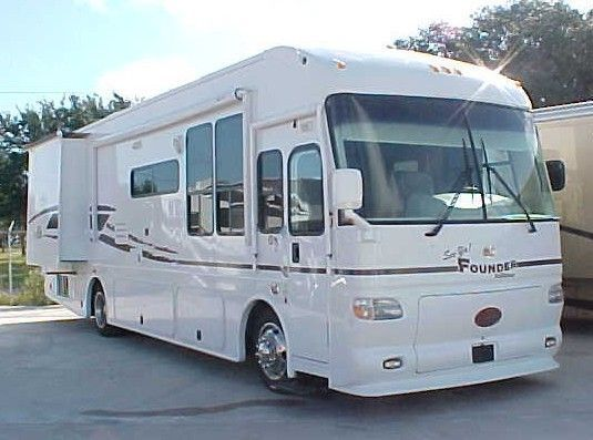 Pompano beach storage for trucks from$100 Call 754 24 26890