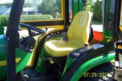 2003 John Deere 4210 4X4 w/ Loader, Cab, 59 Snowblower