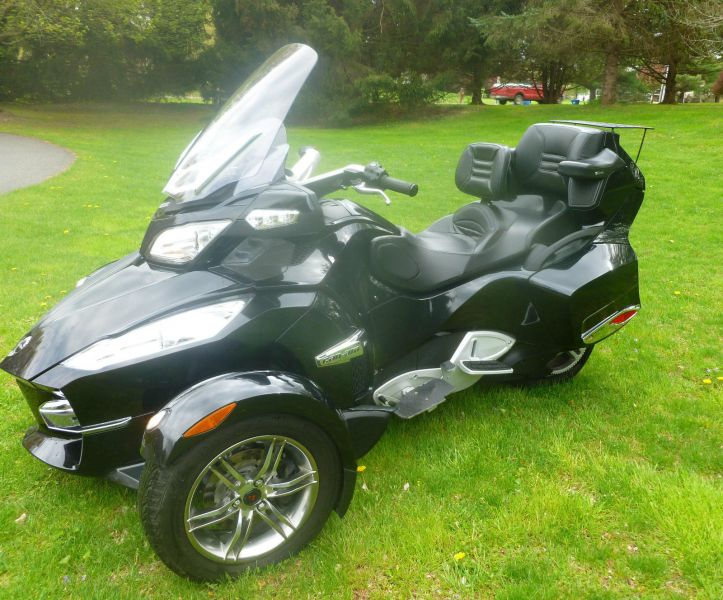2010 Can Am Spyder RT- Black Low Miles w/Extras SM5