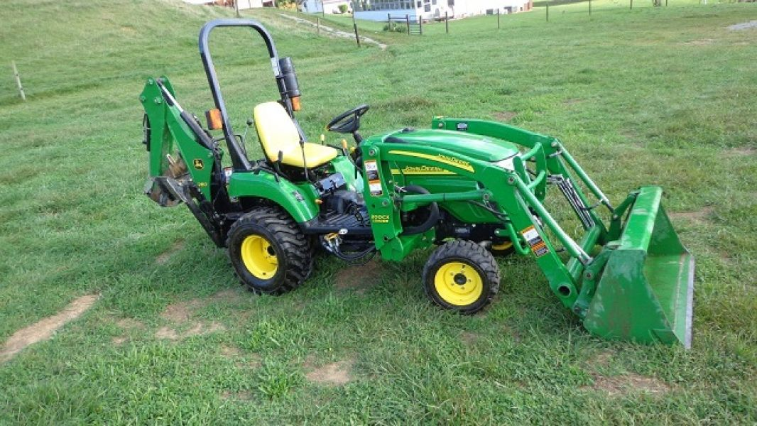 2008 John Deere 2305 4WD Loader Backhoe