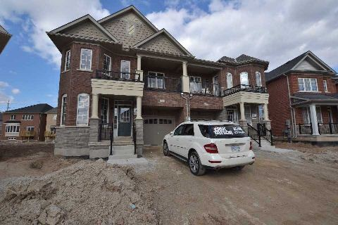 Semi Detached Home For Sale in Milton