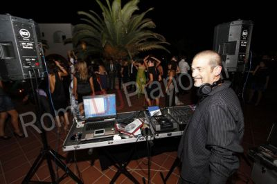 DJs, Musicians and Bands in Italy for your wedding or event