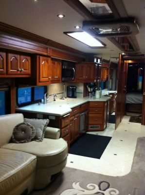 2006 American Eagle 40ft Diesel Pusher Motorhome