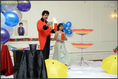 Cool Magic Show will make your Christmas party or birthday party a memorable one!
