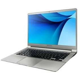 Samsung NP900X5L-K02US Notebook 9 15' Laptop (Iron Silver)