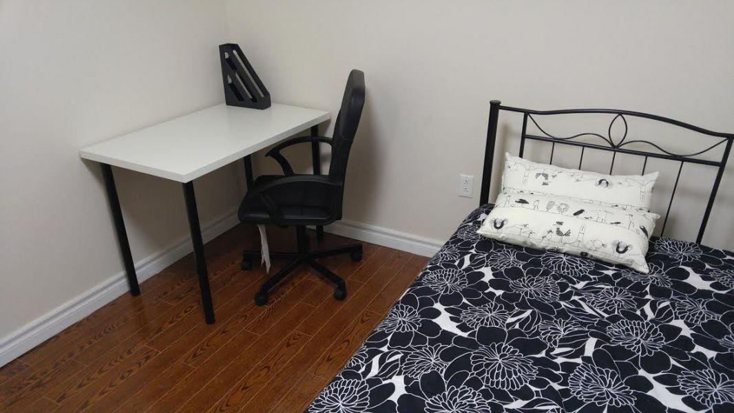 Room For Rent In York Region Markham Ontario