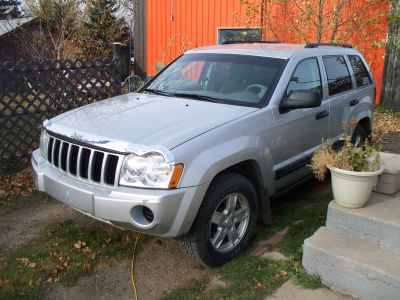 Jeep grand cherokee  2006 11,999. w/ 160 kms noose jaw sk