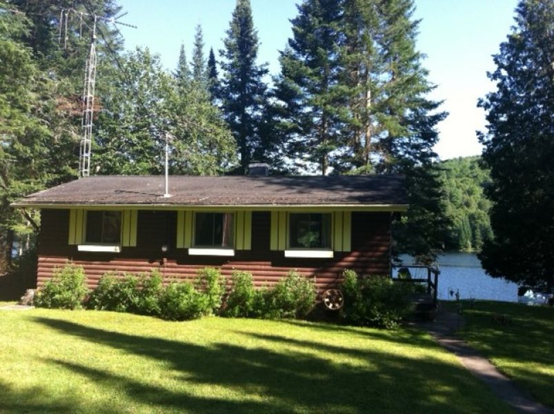 Lakefront cottage Lac du Brochet, Weir, Montcalm