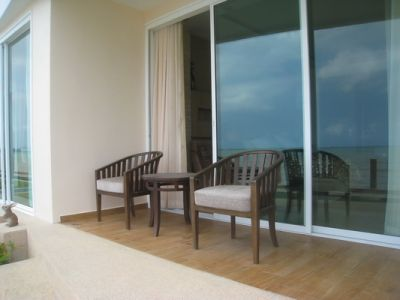 Paradise Ocean View 1 Bedroom Corner Unit