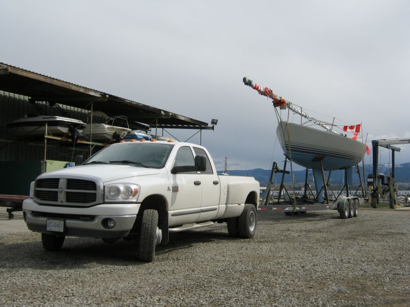 Canadian Boat Hauling Service - Boats & Sailboats - Professional & Insured