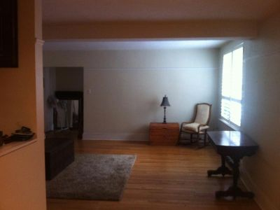 AVAILABLE IMMEDIATELY 1 BEDROOM APARTMENT FOR RENT