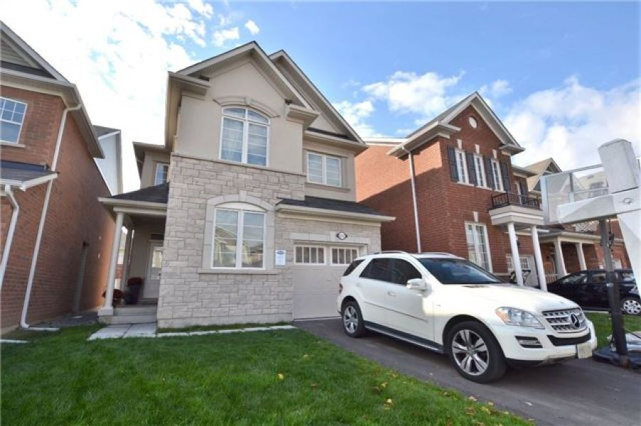 4 Bedroom Detached Home For Lease in Willmont, Milton