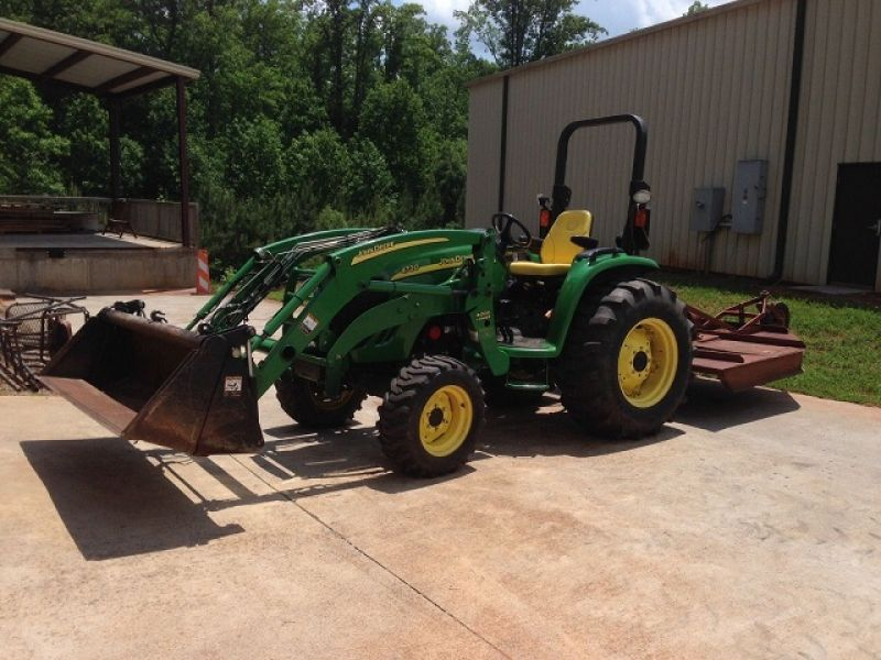 2006 John Deere 4720 4x4 66HP Loader Bucket