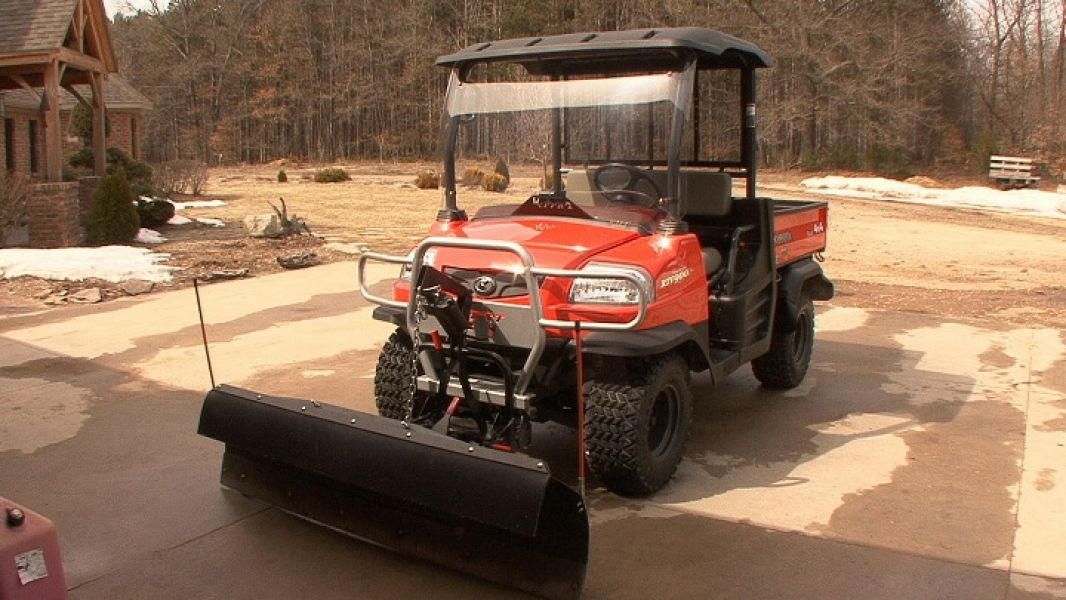 2007 Kubota RTV 900G Plow, Roof, Windshield