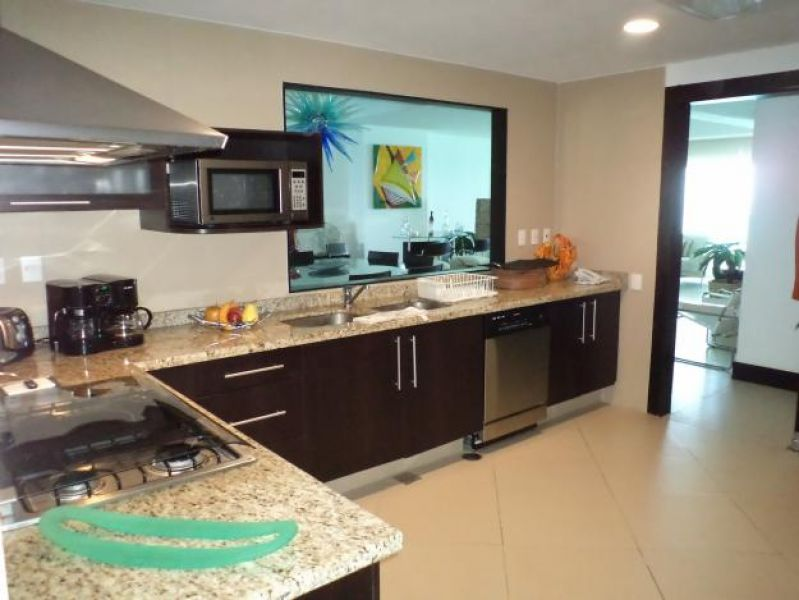 Ocean front condo in Cancun BVG